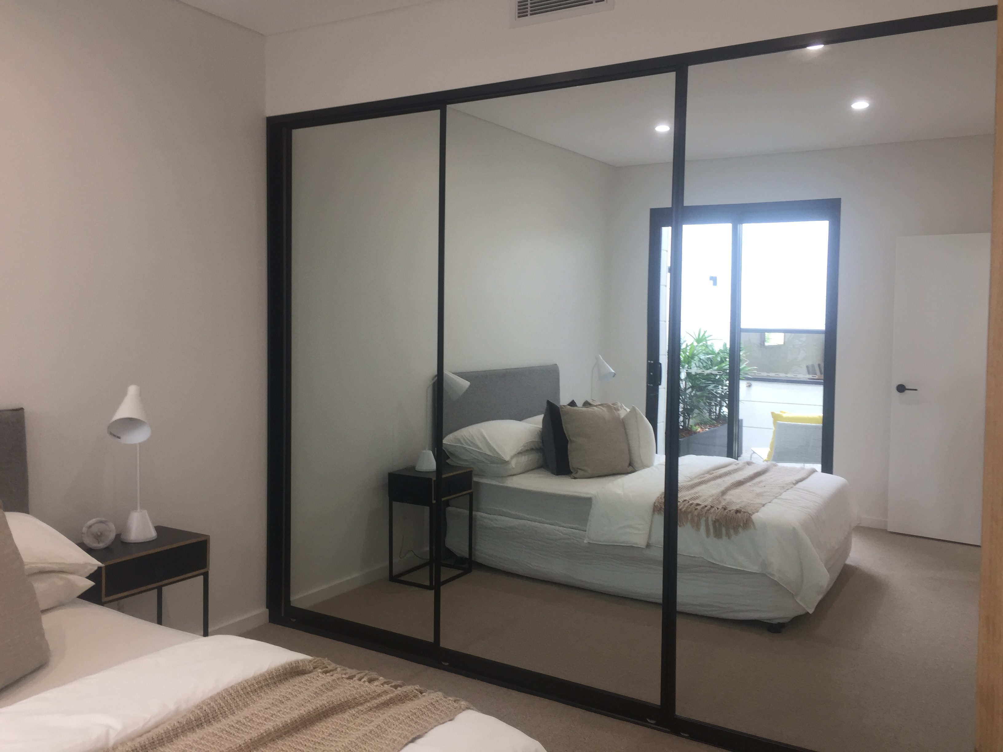 Wardrobe Doors Glass And Mirror Built In Wardrobes