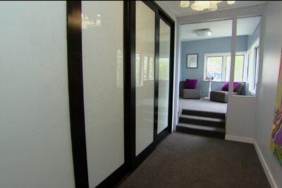 Sliding White Glass Decor Polyurethane Doors in Black - 4 door combination (4 door)