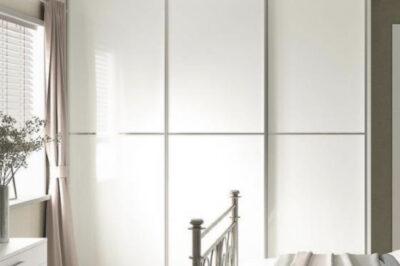 Sliding Supa White Glass Doors with Single Silver Glazing Bar (3 door)