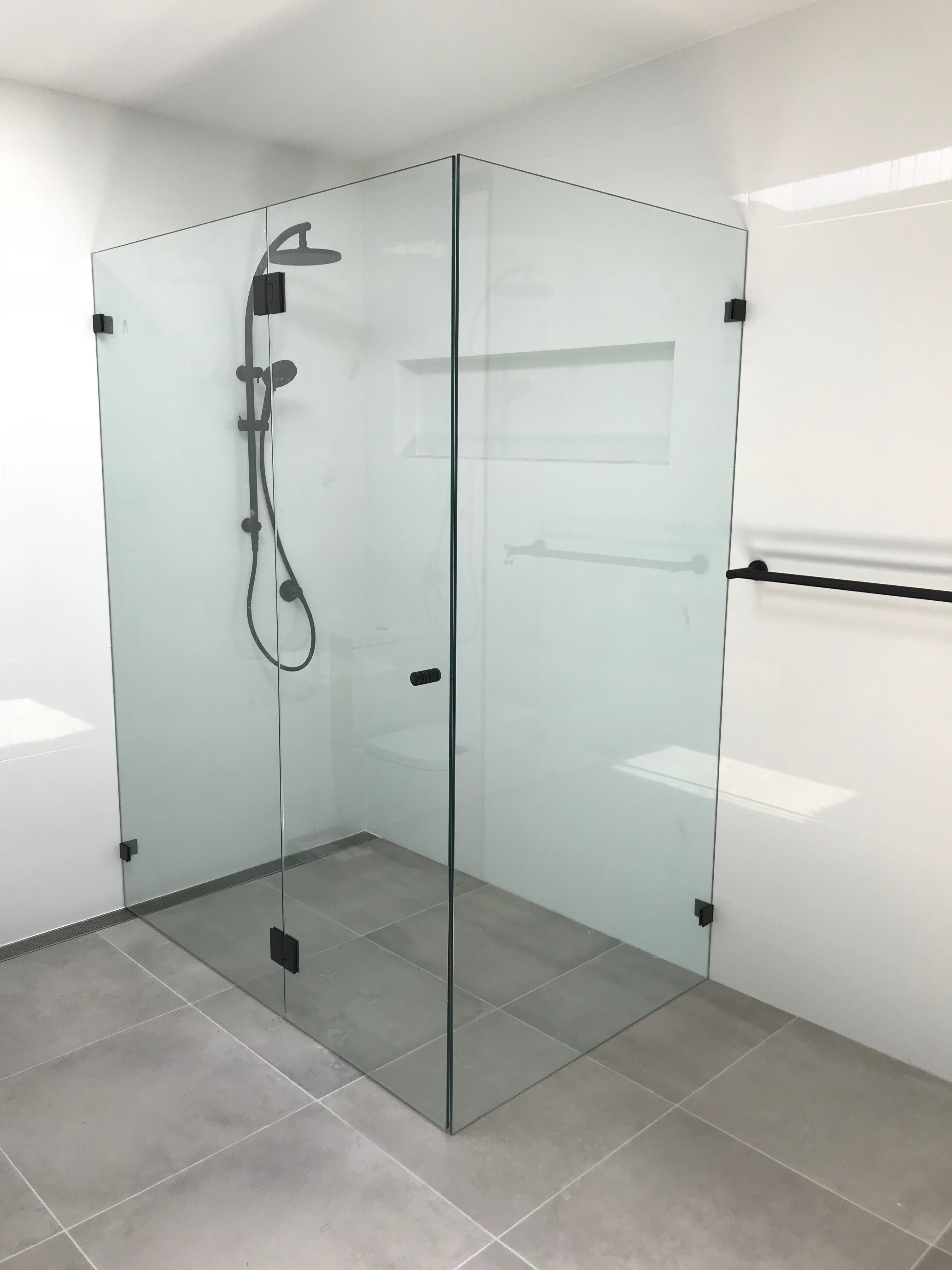 Frameless Shower Screens Built In Wardrobes Sydney And