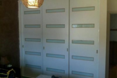 Sliding Custom White Glass Decor Polyurethane Doors - horizontal strips narrow