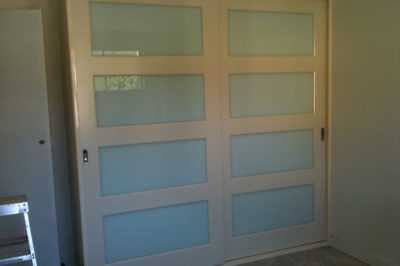 Sliding Custom White Glass Decor Polyurethane Doors - wide horizontal